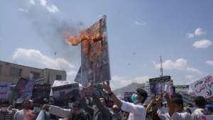 امروز تصاویر جنایتکاران جنگی را به آتش کشیدند، فردا نوبت به دار کشیدن آنهاست