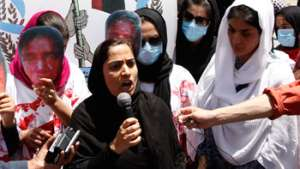 Clip of Malalai Joya in SPA's Protest Gathering