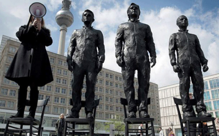 snowden, assange and manning statue in berlin